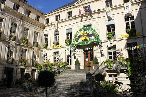 Hotel de Ville de Bagneres-de-Luchon