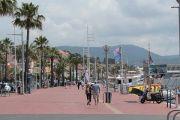 seafront-promenade