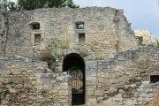 castle-walls-2