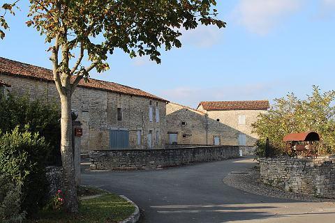 Centre du village de Bayers