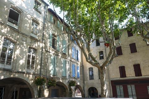 beaucaire france travel and tourism, attractions and sightseeing