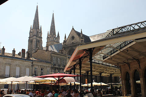 Market hall in Bordeaux Chartrons area