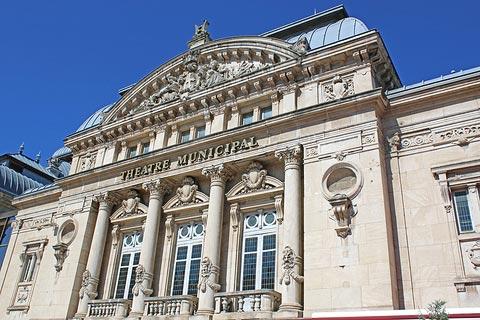 Théâtre de style classique à Bourg-en-Bresse