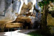 troglodyte-caves1