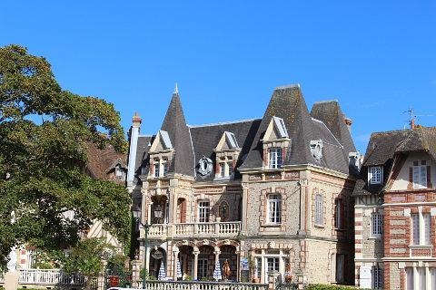 Belle epoque villa in Cabourg