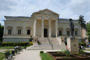 palais-de-justice-garden