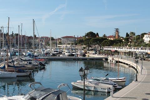 Cap ferrat france travel information with places to visit and cap ferrat reviews - Port saint jean cap ferrat ...