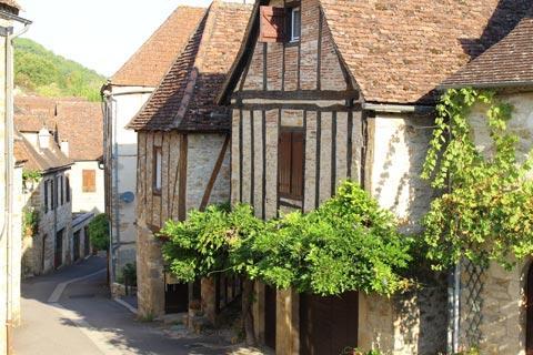 jolies maisons médiévales