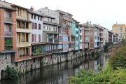 riverside-houses