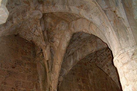 Plafond du donjon à Château de Queribus
