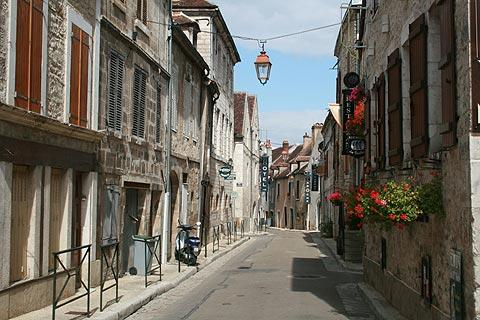 Quiet street in historic centre of Chablis
