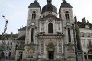 chateau-chalon-church
