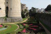 castle-gardens-moat-1