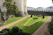 castle-gardens-moat-2