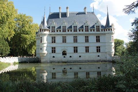 Chateau d\'Azay-le-Rideau, France: visitor information
