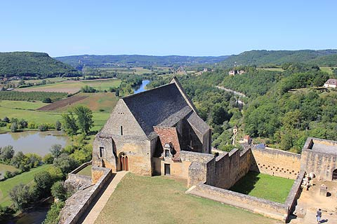 View across Dordogne from Chateau de Beynac