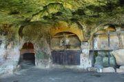 troglodyte-dwellings-2
