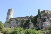 gavaudun-castle-skyline