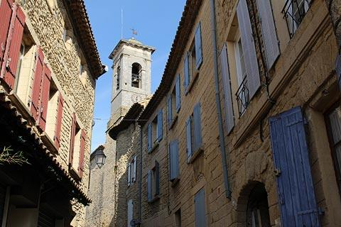 Rue principale au centre de Chateauneuf-du-Pape