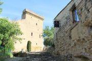 castle-approach