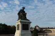 statue-rabelais