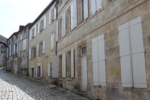 Rue de Cognac vieille ville
