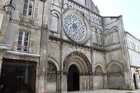 Cognac eglise de Saint Leger