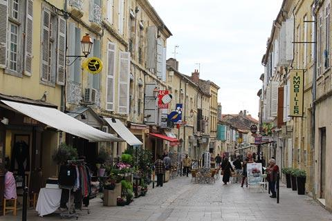 Condom France Travel And Tourism Attractions And Sightseeing And Condom Reviews