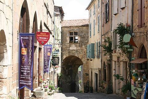 Medieval street in Cordes-sur Ciel