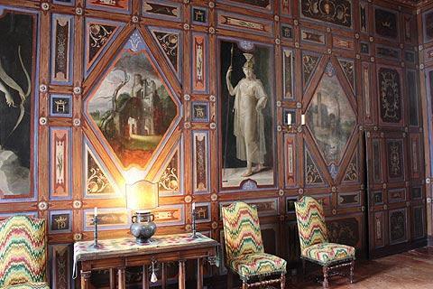 Ante-chambre du Château de Cormatin