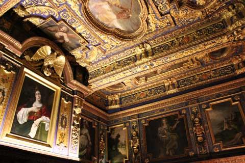 Cabinet St Cecilia
