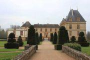 chateau-facade
