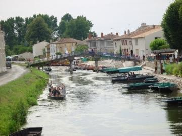 Coulon France Travel And Tourism Attractions And Sightseeing And