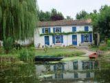 coulon-blue-shutters