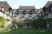deauville-hotel-normandy