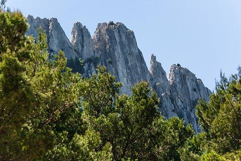mountain ridge in the Dentelles de Montmirail