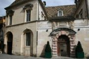 ornate-entranceway