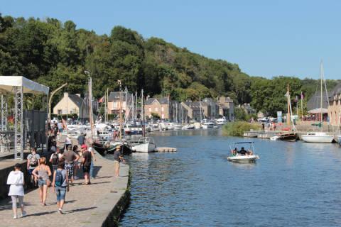 le port de Dinan