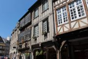 medieval-houses_1