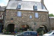 dol-de-bretagne-old-house