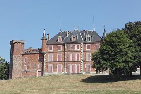 Château de Tavernost dans la Dombes