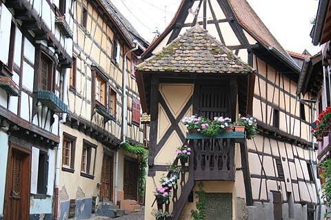 Rue des Ramparts d'Eguisheim