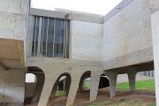 corbusier-exterior-(2)