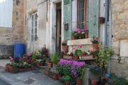 flowers-on-doorstep