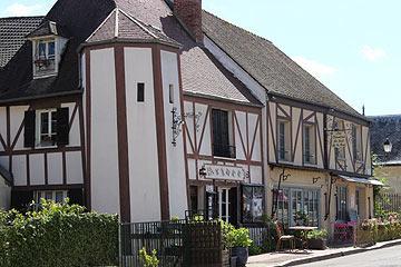 La Roche Guyon centre
