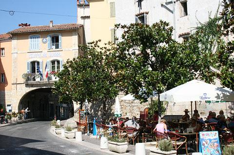 cafe in Fayence