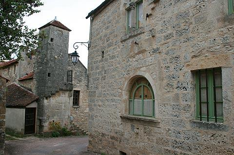 Stone house and tower in Flavigny