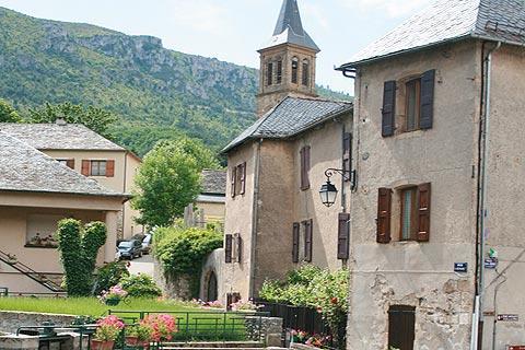 église du centre-ville de Florac