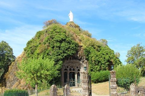 église monolithique