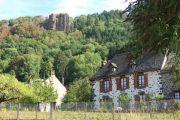 hill-behind-village